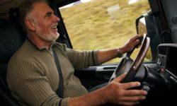 Decreto Flussi apre agli immigrati nell'autotrasporto