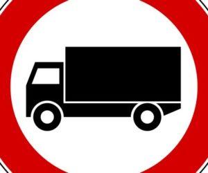 Undici giorni di divieti circolazione camion ad agosto