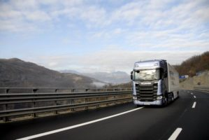 Agenzia Trasporti chiede contributo dal 2019 all'autotrasporto