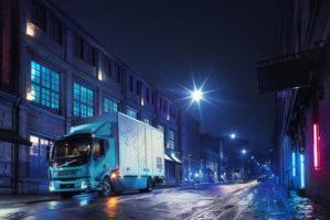 Parte la vendita dei camion elettrici Volvo FL e FE