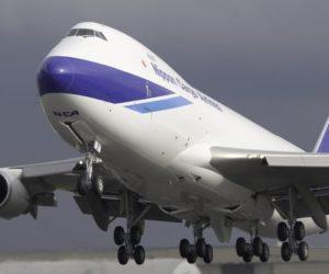 Cargo aereo vola sopra la quota pre-covid ad aprile