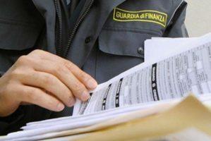 Sequestro ad autotrasportatore toscano per esterovestizione