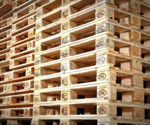 Allarme per l'approvvigionamento dei pallet in legno