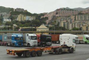 Riparte la vertenza dell'autotrasporto container a Genova