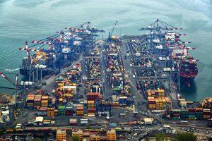 Accordo per la cassa integrazione al porto della Spezia