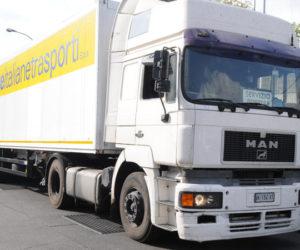 Poste apre logistica per e-commerce a Pavia