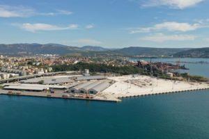 Il porto di Amburgo acquisisce un terminal a Trieste
