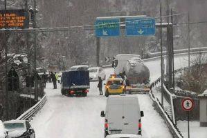 K44 videocast: quando la neve congela l'autotrasporto
