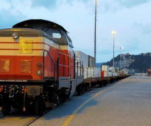 Treno dal vado Gateway a Piacenza