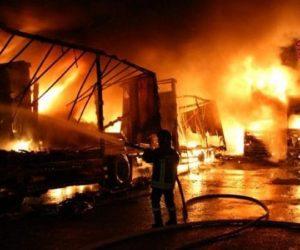 Incendio alla Baco Trans di Montefredane distrugge 12 camion